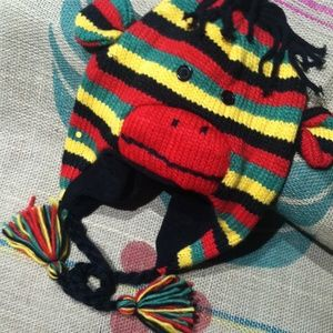 Reggae Monkey Hat. Put it on and you Dance!